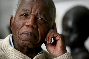 23achebe_337-articleLarge
